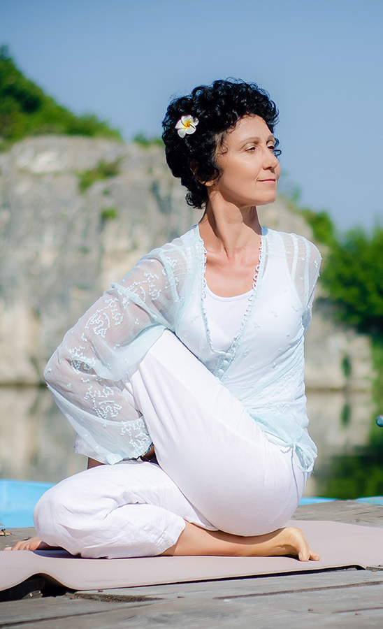 Наталия - йога инструктор