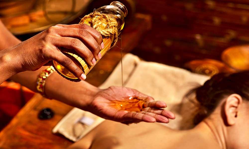 massage_abhyanga